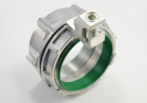 Threaded Grounding and Bonding Hub, Zinc Die Cast, Size 3.5 Inch, Aluminum Lay-in Lug-0