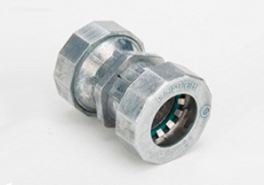 """Mighty-B® PUSH-EMT® Fittings - 3/4"""" Mighty-Bite™ Raintight Couplings."""