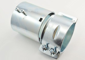EMT/Rigid to FMC Transition Coupling