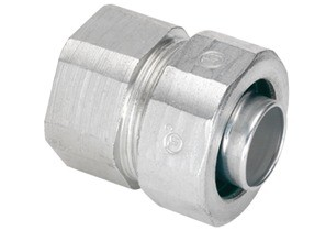"""Combination Coupling for transitioning between 3/8"""" Liquidtight Flexible Metallic Conduit (LFMC) and 1/2"""" Rigid Steel Conduit. NPSM Threads on Hub. Malleable Iron Body with Steel Ferrule"""