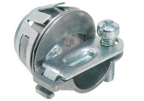 Snap-In NM connector, Strap, Single Screw, Zinc Die Cast, Oval Cable, Size K.O. 1/2 Inch.