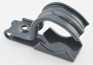 "One piece clamp back and strap combination, 1 hole, Steel, 1-1/4"" - 1-1/2"" Trade Size, Polyolefin Coated. Patented."